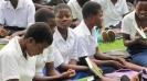 Woordenboeken voor de meisjesschool in Dzumilo